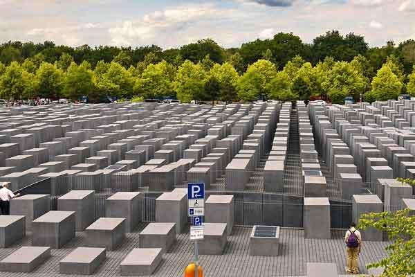 Мемориал Холокоста