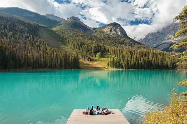 Изумрудное озеро (Emerald Lake)