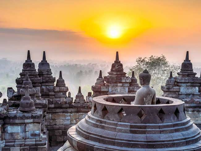 Боробудур (Индонезия)