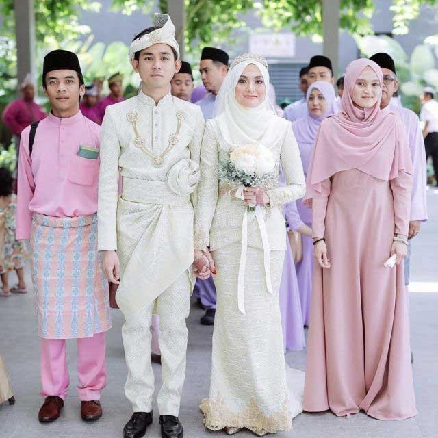 Малайзия - хиджаб и ткань сонгкет