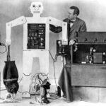 10 роботов и машин из учебников истории