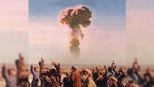 596 – Китай переходит на ядерное оружие