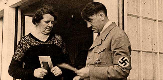 сестра Адольфа Гитлера Анжела Гитле