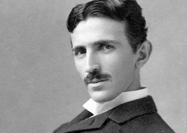 Никола Тесла (1856 –1943)
