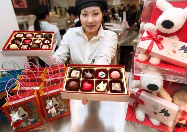 День святого Валентина и Белый день в Японии